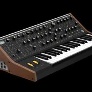 Moog Sub 37 Bob Moog Tribute Edition