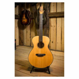 Breedlove ORC26E Oregon Series Concert