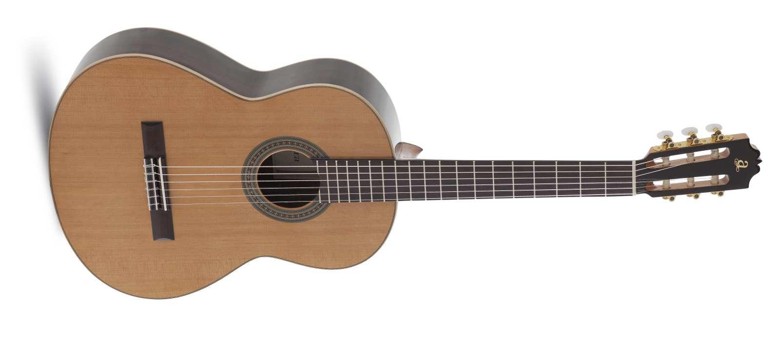Admira A8 Konzertgitarre