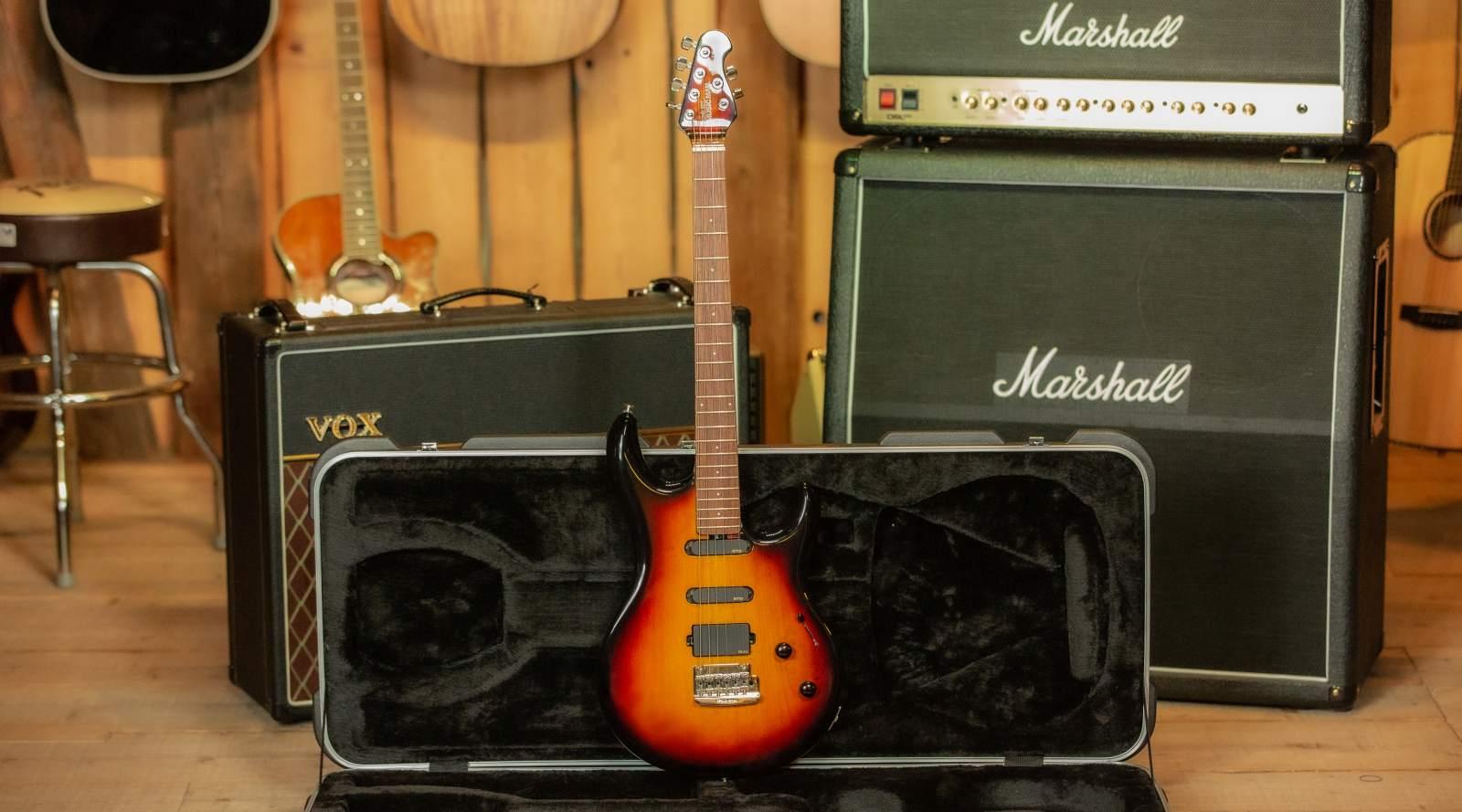 "Music Man ""Luke"" Steve Lukather Vintage Sunburst"