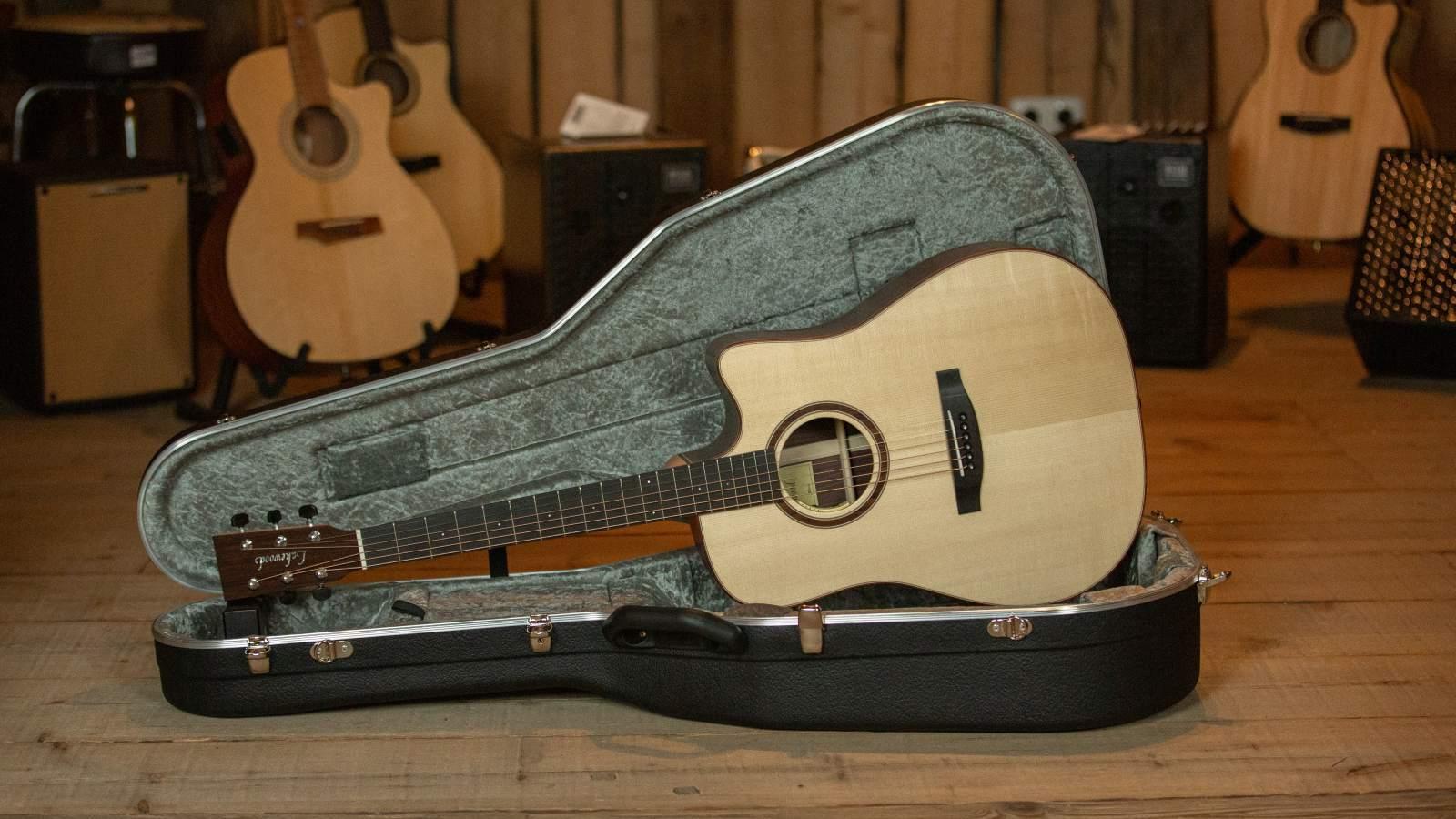 Lakewood Guitars D-31 CP Dreadnought Cataway, Anthem