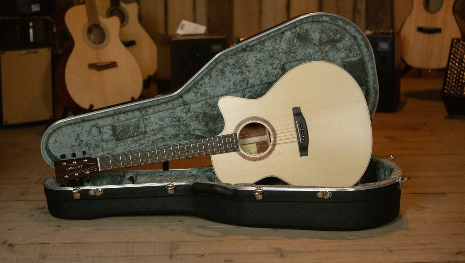 Lakewood Guitars J-14 CP Jumbo Cutaway, Anthem-PU