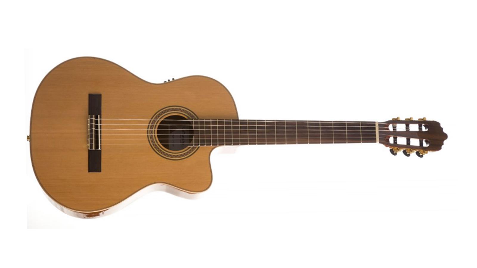 La Mancha Rubi C-CE 4/4 Konzertgitarre