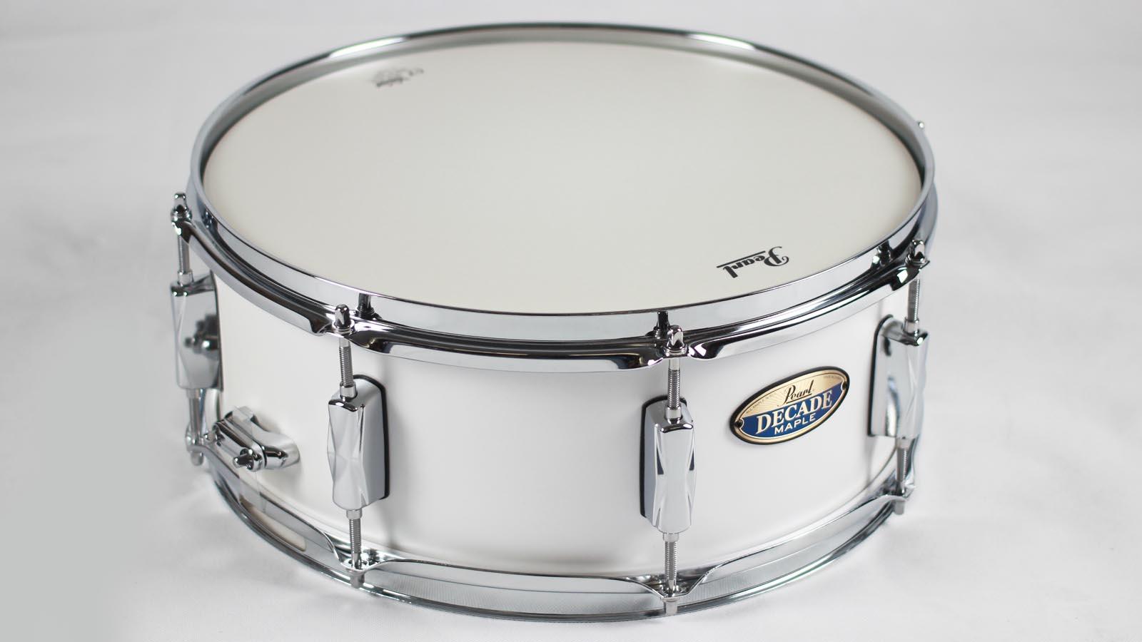 Pearl Snare Decade Maple white satin pearl 14x5,5