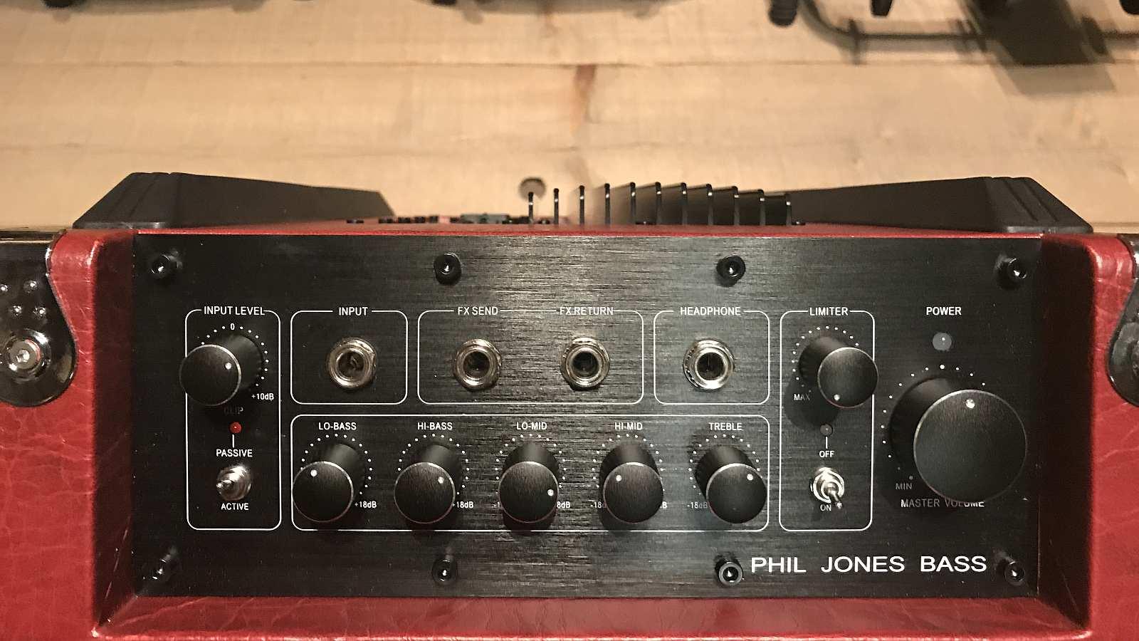 Phil Jones Flightcase BG300 Red Bass Combo