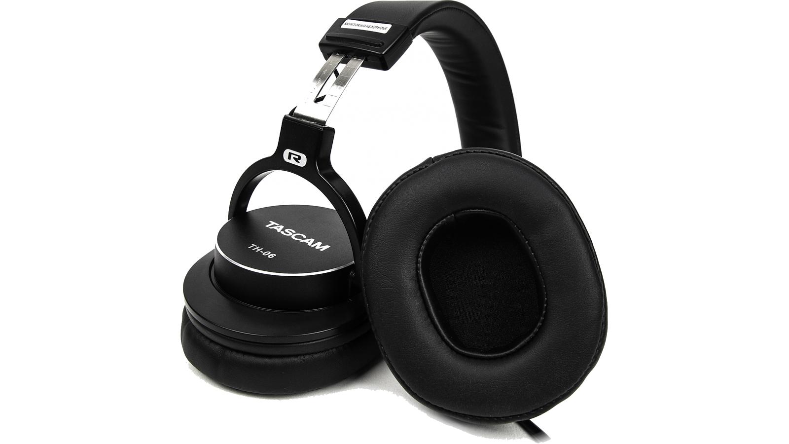 Tascam TH-06 Kopfhörer geschlossen 45 Ohm