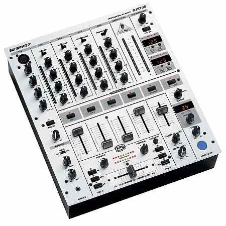 Behringer DJX-700 DJ Mixer