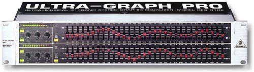 Behringer FBQ-3102 UltraGraph Pro