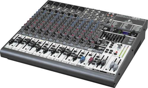 Behringer XENYX 1832 FX Mixer
