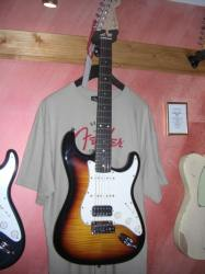 Fender 2011 Custom deluxe Stratocaster RW 3CSB Flame