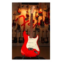 Fender 2011 Custom deluxe Stratocaster RW CAR