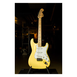 Fender '72 Stratocaster Limited Edition MN VWH