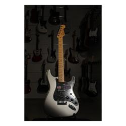 Fender American Deluxe Stratocaster MN TU