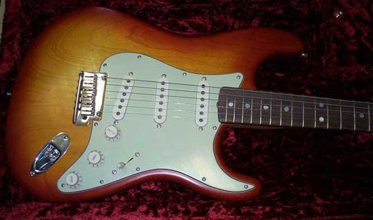 Fender Custom Shop Masterbuilt Stratocaster LTD 07 RW CS