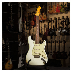 Fender Custom Shop Total Tone 1963 Stratocaster Olympic White
