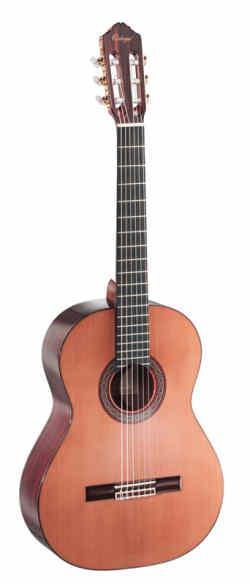 Ortega R-240 Konzertgitarre