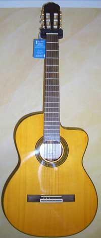 Takamine EG 128 SC Konzertgitarre
