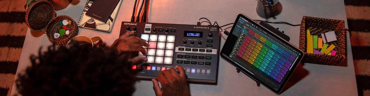 Roland New Verselab MV-1 Groovebox Zen-Core Produktion Tool
